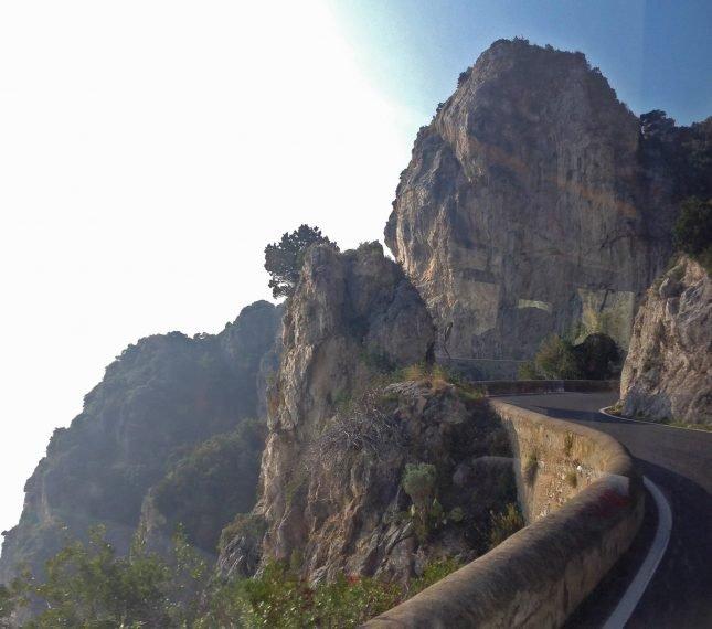 Um roteiro fotográfico pela Costa Amalfitana dicas - Curvas estrada